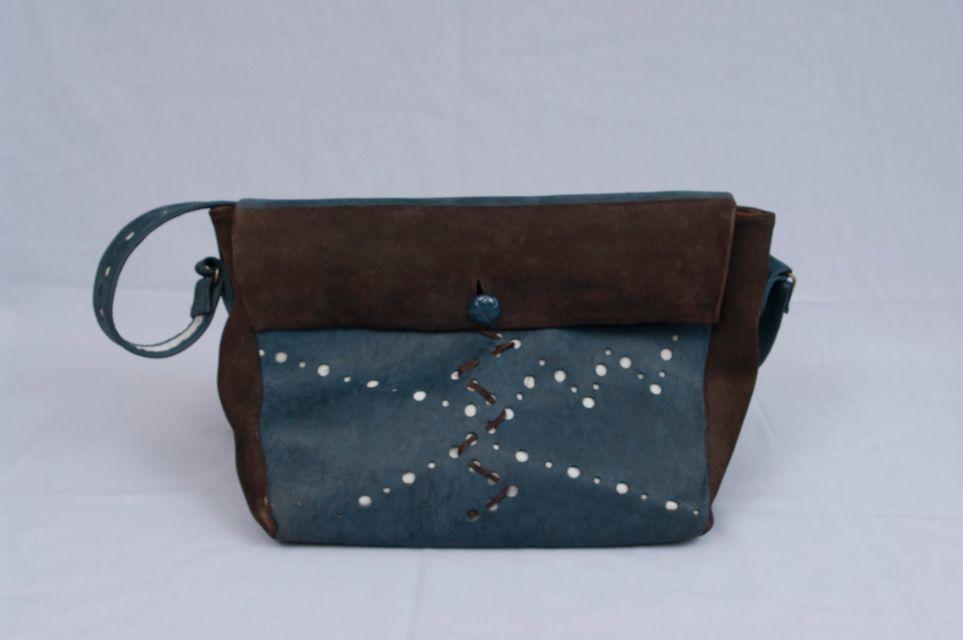 pécs design-ruha, pécs egyedi bőrtáskák, diadravai, design leather bag